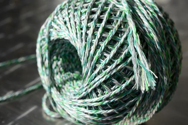 sznurek jako knot do świeczek